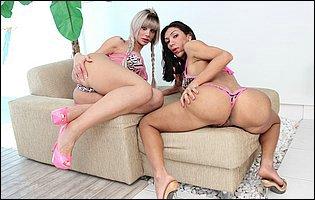 Jhenifer Dalbosco and Sabrina Suzuki exposing their hot bodies