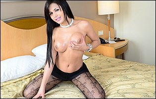 Bruna Butterfly in black pantyhose posing and dildoing her asshole